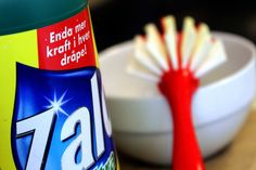 ALLSIDIG: Oppvaskmiddelet ditt, enten det er Zalo eller av en annet merke, kan brukes til det meste av hverdagsrengjøring.  (Foto:…