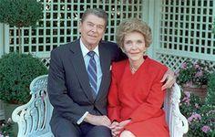 Нэнси Рейган: история жизни и любви в двух минутах