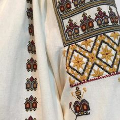 IaAidoma. Romanian blouse detail. Folk Costume, Costumes, Peasant Tops, Cross Stitching, Cross Stitch Patterns, Textiles, Traditional, Embroidery, Handmade