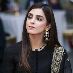 OMG❤❤ Just Look At My Beauty Queen😘 MashAlllah Crossing All The Limits of Gorgeousness🔥😍 . Pakistani Bridal Dresses, Pakistani Dress Design, Pakistani Outfits, Maya Ali, Pakistani Fashion Casual, Indian Fashion, Fashion Fall, Womens Fashion, Dress Indian Style