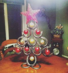 """""""I got a picture sent to me today from a happy customer! She wanted a 'luckier' version of the Horseshoe Christmas Tree! Made by Rachel Bohnet, Country Custom Fabricating"""
