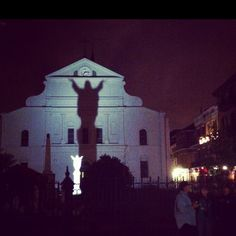 New Orleans baby ! One of our favorite late night sights...