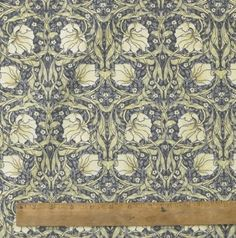 1 Metre Of Licensed William Morris Pimpernel Cream 100% Cotton Floral Fabric