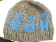 Doctor Who TARDIS knit hat by jfer007