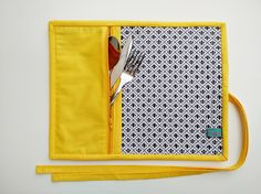 Beautiful and Easy Models to Make Patch Quilt, Applique Quilts, Handmade Crafts, Diy And Crafts, Diy Sac, Diy Bags Purses, Sewing Aprons, Sewing Class, Mug Rugs