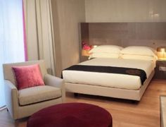Starhotels Rosa Grand is one of the affordable 4 star hotel located in the heart of Milan, with its excellent location, Starhotels Rosa Grand is an ideal base for travelers.