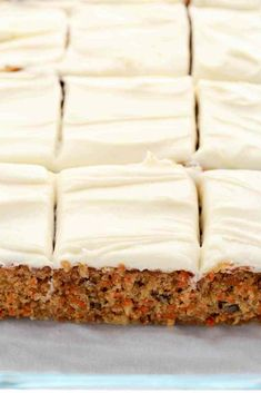 A moist carrot cake filled with crushed pineapple, chopped walnuts, and topped with an easy cream cheese frosting. This Pineapple Carrot Cake is perfect for Easter or carrot cake lovers! Carrot Cake Frosting, Carrot Cake Bars, Homemade Carrot Cake, Easy Carrot Cake, Healthy Carrot Cakes, Carrot Recipes, Recipe For Carrot Cake, Low Fat Carrot Cake, No Bake Desserts