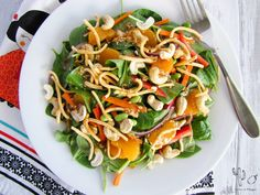 Salade d'épinards, mandarine et noix de cajou – Cactus & Mangue