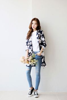 nice Flower Pattern Long Coat by http://www.redfashiontrends.us/korean-fashion/flower-pattern-long-coat/