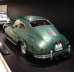 356  great color for an early 356... dino
