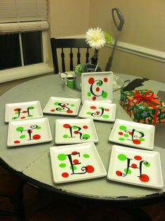 Dollar store plates & vinyl- fill with cookies