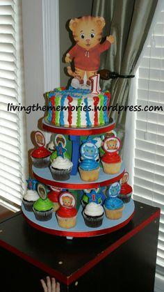 Daniel Tiger's Neighborhood Theme Party Cake & Cupcakes http://livingthememories.wordpress.com/2013/08/28/happy-1st-birthday-baby-guy/