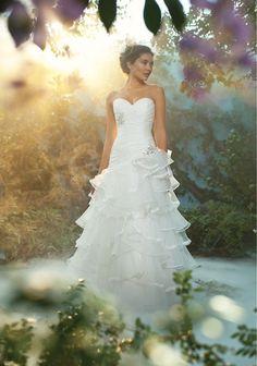 pour Alfred Angelo ce serait la robe de mariée de Tiana