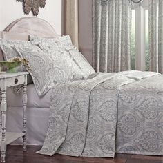 Oversized King Size Bedding 126x120 Valerie Bertinelli Floral Quilt Set 3 Pc Full Queen