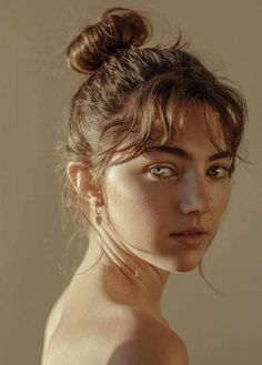 Amelia zadro aesthetic people, photo artistique, drawing reference, photo r Portrait Photos, Female Portrait, Portrait Art, Woman Portrait Photography, Girl Portraits, Close Up Portraits, Beauty Portrait, Portrait Photographers, Food Photography