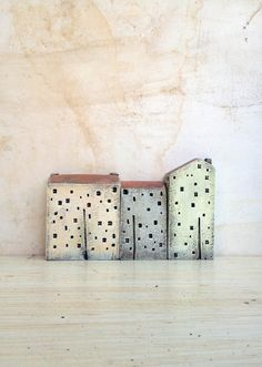 3 ceramic houses, made in high fired stoneware clay, painted with acrylic colors by Vesna Gusman Clay Houses, Ceramic Houses, Miniature Houses, Ceramic Clay, Stoneware Clay, Ceramic Pottery, Pottery Art, Art Houses, Mini Houses