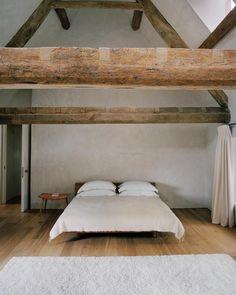 Inside John Pawson's Sleekly Minimalist Cotswolds Home - WSJ