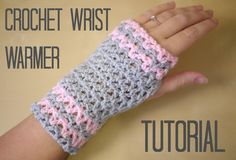 Crochet wrist warmers tutorial | Bella Coco
