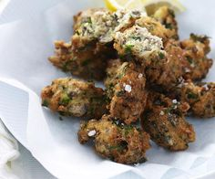 If you're looking to try something a little different, then give this Sardine Fritters recipe a go. They're made with good old-fashioned cans of sardines in oil and will on the table in 10 minutes flat! Also great as finger food at a party. Sardine Recipes, Pork Recipes, Seafood Recipes, Chicken Recipes, Dinner Recipes, Peach Pork Chops, Salad With Balsamic Dressing, Ginger Salmon, Grilled Corn Salad