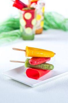 Gelados de frutos Comer é divertido. Menu para crianças  Saúde à Mesa nº 100 - Julho 2014 www.teleculinaria.pt
