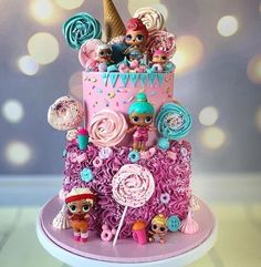 Get some cute lollipops and candy going on with some LOL Surprise. Best Picture For Lol Surprise Dolls Cake and cupcakes For Your Taste You are looking f Doll Birthday Cake, Funny Birthday Cakes, 6th Birthday Parties, 7th Birthday, Surprise Birthday, Birthday Ideas, Bolo Super Mario, Lol Doll Cake, Surprise Cake