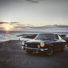 Fiat 850 coupé Fiat 850, Fiat Abarth, New Fiat, Car Pictures, Concept Cars, All Over The World, Motorbikes, Cool Cars, Sport