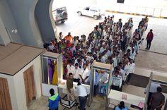 मंत्रालय भवन की भव्यता देख बलरामपुर जिले के पंचायत प्रतिनिधि उत्साहित हुए. प्रशासनिक एवं सचिव ब्लाक का भ्रमण कर मुख्यमंत्री एवं उच्चाधिकारियों के कक्ष देखे एवं अनुसूचित जाति-जनजाति विकास विभाग में कामकाज करते अधिकारियों-कर्मियों की प्रणाली को समझा. जिम में व्यायाम कर वे बेहद आनन्दित हुए.