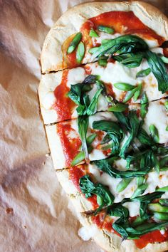 Gluten-free Pizza Crust // Autumn Makes & Does