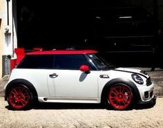 Mini Cooper Hardtop: Red, White, and Handsome