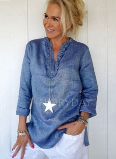 Love this blue! BY PIA'S Linen blouse Urban / Pia's design. Mode Outfits, Casual Outfits, Fashion Outfits, Womens Fashion, Fashion Shoes, Latest Fashion, Fashion Over 40, Look Fashion, Street Fashion