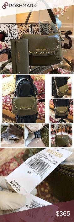 e09255aa8249 Michael Kors Aria MD Conv Handbag wallet set Guaranteed Authentic Bundled  2PCS Handbag+Wallet set NWT