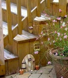 Fairy house for the garden. This is so cute! My girls would love this!
