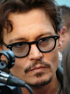 Johnny Depp @ UK premiere of Pirates of the Caribbean 4