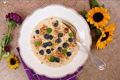 Kuskusová kaše s banánem (od 8 měsíců) | Máma v kuchyni Pancakes, Oatmeal, Breakfast, Food, Diet, Baby Recipes, The Oatmeal, Morning Coffee, Rolled Oats
