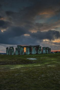 http://elvenrealm.tumblr.com/post/97212479810/expressions-of-nature-stonehenge-by-andres