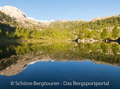 Der Grünsee (auf über 2000m Höhe) bei Sonnenaufgang in der Nähe der Lavarello Hütte und der Faneshütte im Naturpark Fanes-Sennes-Prags in Südtirol, Italien - Foto: Mario Hübner