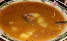 Bramborová polévka s masem Czech Recipes, Ethnic Recipes, Czech Food, Soups And Stews, Cheeseburger Chowder, Soup Recipes, Curry, Food And Drink, Yummy Food