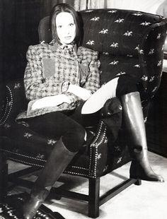 https://flic.kr/p/rMAXZ4   Bridget Hall, Debbie Deitering & Jodie Kidd, Vogue Italia August 1993   Photo by Arthur Elgort