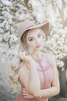 Moody image of Erica next the a cherry blossom tree Spring Photography, Photography Poses Women, Senior Photography, Portrait Photography, Cherry Blossom Pictures, Cherry Blossoms, Female Portrait Poses, Senior Portraits Girl, Senior Photos