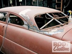 Check out Bill Hines and his 1951 Mercury as it the roof gets a custom chop the old school way inside Rod & Custom Magazine. Old Shool, Auto Body Work, Sheet Metal Fabrication, Metal Shaping, Plymouth Cars, Mercury Cars, Car Cleaning Hacks, Bel Air, Custom Cars
