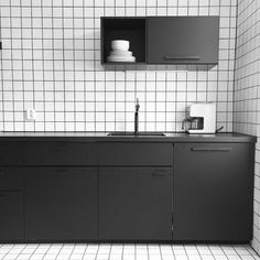 Kitchen black and white white tiles kungsbacka grid black matte
