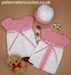 Patrón de ganchillo bebé libre vestido bebé prematuro micro y sombrero uk