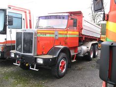 Classic Trucks, Volvo, Track, Vintage, Bern, Autos, Old Vintage Cars, Vintage Trucks, Commercial Vehicle