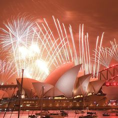 """The Telegraph az Instagramon: """"Despite calls to scrap the New Year fireworks displays in Australia and the money spent on fighting the wildfire crisis, Sydney rang in…"""" Fireworks Displays, New Year Fireworks, Opera House, Sydney, Scrap, Australia, Building, Travel, Viajes"""