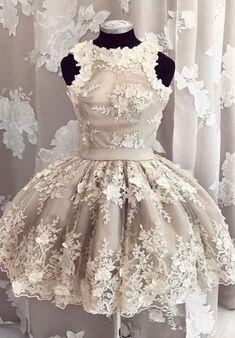 #greyhomecomingdresses #shorthomecomingdresses #homecomingdresseswithappliques #dressesforhomecoming