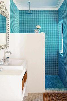 Dec-Greaves-beach-home-blue-white-bathroom-tiles inside this home Cheap Bathroom Tiles, Modern Bathroom Tile, Mosaic Bathroom, Bathroom Tile Designs, Cheap Bathrooms, Simple Bathroom, Bathroom Floor Tiles, Bathroom Interior, Mosaic Tiles