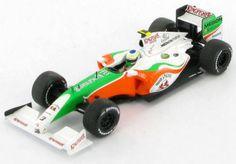 Force-India-Giancarlo-Fisichella-Showcar-2009-1-43