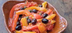 Gestoofde paprika op Pugliese wijze (peperonata Pugliese). Dit familierecept van peperonata Pugliese, wat vrij vertaald 'gestoofde paprika op Pugliese wijze' betekent, kreeg ik van de Italiaanse Isabella.