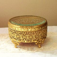 Glass and Ornate Gold Jewelry Casket by swampYankee Antique Jewelry, Gold Jewelry, Jewelery, Vintage Jewelry, Jewellery Boxes, Jewellery Storage, Vintage Box, Vintage Items, Color Dorado