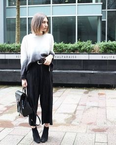 Embrace the ombre trend with this gorgeous dip-dye jumper. Detailed with an oversized slouchy fit for effortless cool, we love the all-over ribbed detailing and crew neckline. Style with pleated culottes to complete the look. #Topshop